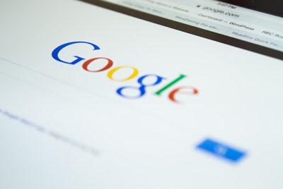 être en première page google